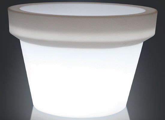 maxi illuminated vases for interiors and exteriors